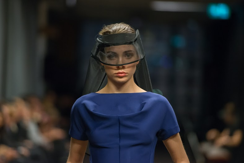 Model on the Runway in blue and black in the Lui Hon Runway 2015 in Melbourne.