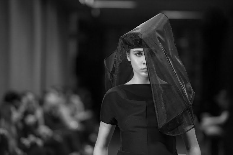 Model on the Runway in all black in the Lui Hon Runway 2015 in Melbourne.