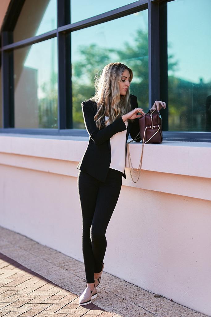 Model Standing Modelling A Janna Jones Handbag Designer From Perth Western Australia
